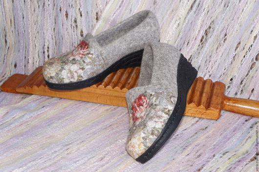 """Обувь ручной работы. Ярмарка Мастеров - ручная работа. Купить Туфли офисные валяные """"Вальс цветов""""  Русский стиль. Handmade."""