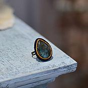Украшения ручной работы. Ярмарка Мастеров - ручная работа Кольцо с лабрадоритом Волшебное сияние перстень из кожи. Handmade.