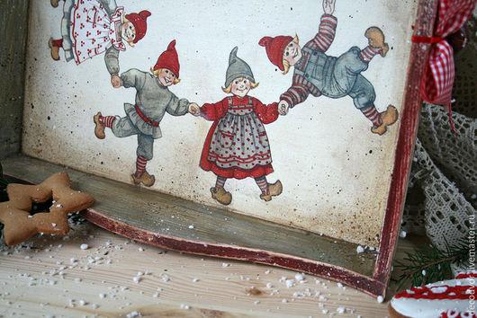 """Кухня ручной работы. Ярмарка Мастеров - ручная работа. Купить Поднос """"Хоровод"""". Handmade. Поднос, новогодний подарок, красный и серый"""