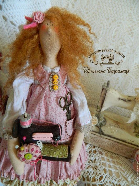 Куклы Тильды ручной работы. Ярмарка Мастеров - ручная работа. Купить Кукла Тильда- рукодельница. Handmade. Бледно-розовый, кукла