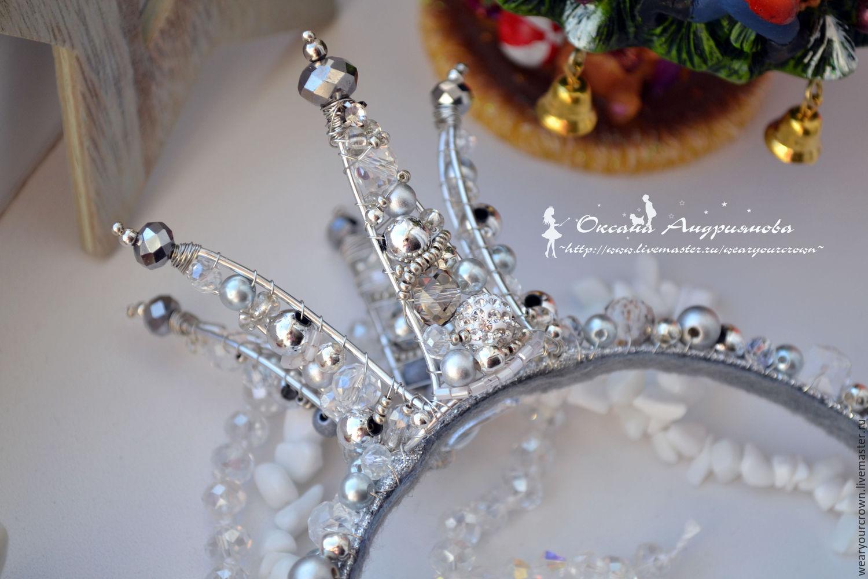 Сделать корону своими руками из проволоки и бусин своими руками 84