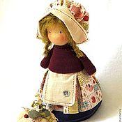 Куклы и игрушки ручной работы. Ярмарка Мастеров - ручная работа Маленькая садовница с тыквой. Handmade.