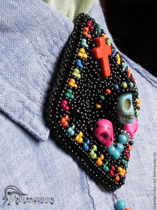 Броши ручной работы. Ярмарка Мастеров - ручная работа. Купить Брошь-галстук из бисера Мексика. Handmade. Комбинированный, яркий, подарок
