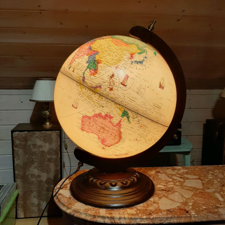 Винтаж: Резерв. Большой(57 см) глобус на деревянной подставке с подсветкой, Предметы интерьера винтажные, Москва,  Фото №1