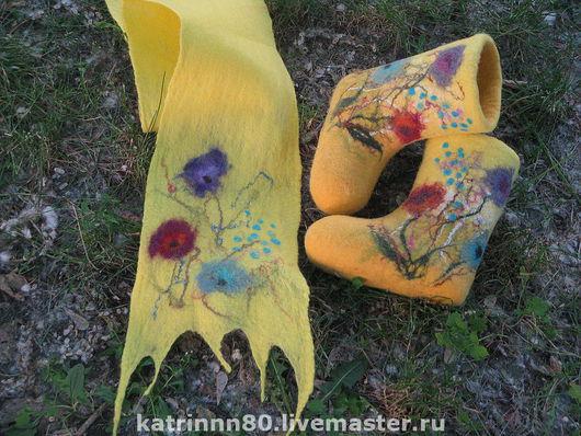 """Обувь ручной работы. Ярмарка Мастеров - ручная работа. Купить Валеночки и шарф """"Лето"""". Handmade. Валенки, желтый, подарок для девочки"""