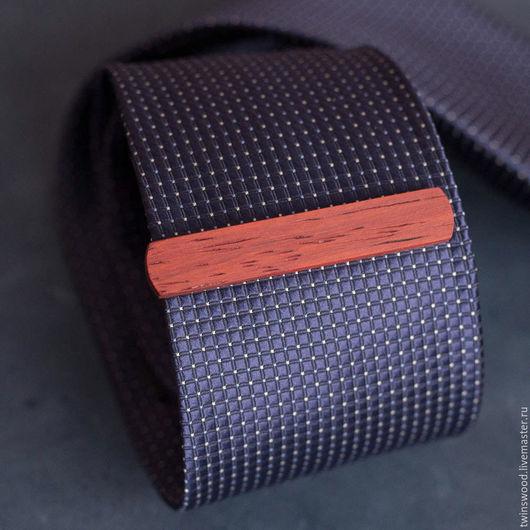 Галстуки, бабочки ручной работы. Ярмарка Мастеров - ручная работа. Купить Деревянный зажим для галстука из падука. Высота 10 мм. Handmade.