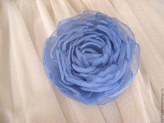 """Броши ручной работы. Ярмарка Мастеров - ручная работа. Купить Брошь """"Ярко-голубая"""". Handmade. Голубой, куплю брошь"""