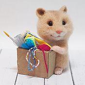 Куклы и игрушки ручной работы. Ярмарка Мастеров - ручная работа Хомяк рукодельницы Интерьерная валяная игрушка. Handmade.