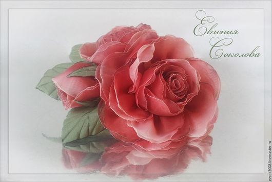 Броши ручной работы. Ярмарка Мастеров - ручная работа. Купить Брошь с цветами Красные розы. Handmade. Брошь-цветок, алый