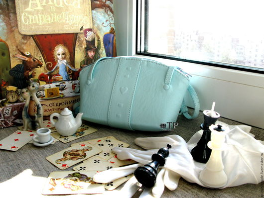 Детские аксессуары ручной работы. Ярмарка Мастеров - ручная работа. Купить Детская сумка кожаная «Алиса». Handmade. Бирюзовый, кожанаясумка
