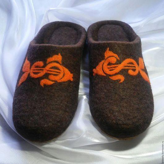 Обувь ручной работы. Ярмарка Мастеров - ручная работа. Купить Исполнение желаний. Валяные тапочки.. Handmade. Коричневый, валяные тапочки