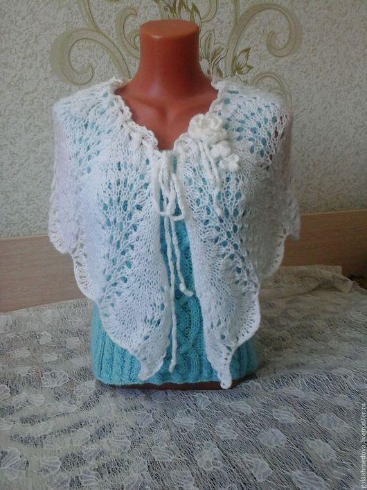 шаль,ажурная,ажурная пелерина, красивая, на свадьбу, нарядная, ручной работы, купить подарок, для девушки, красивая шаль, ажурная накидка, накидка на плечи,шаль ручной работы, свадебная, ажурный шарф