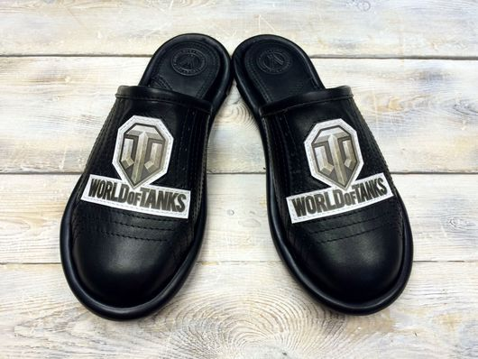 """Обувь ручной работы. Ярмарка Мастеров - ручная работа. Купить Кожаные тапочки """" WORLD of TANKS-black"""". Handmade."""