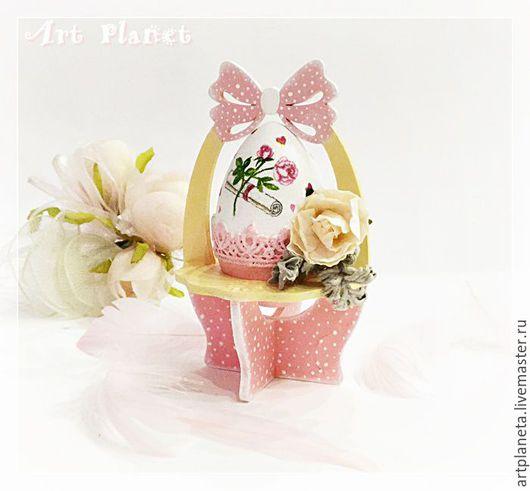 """Подарки на Пасху ручной работы. Ярмарка Мастеров - ручная работа. Купить Кружевное пасхальное яйцо на подставке """"Дыхание розы"""". Handmade."""