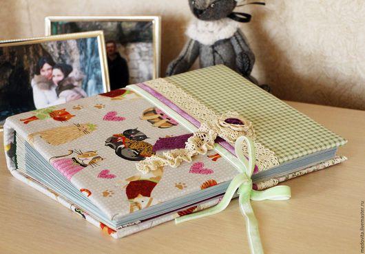 """Фотоальбомы ручной работы. Ярмарка Мастеров - ручная работа. Купить Фотоальбом """"Шебби-кот"""". Handmade. Мятный, подарок подруге"""