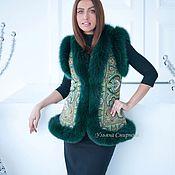 """Одежда ручной работы. Ярмарка Мастеров - ручная работа Жилетка """"Испанская""""зелёная с песцом, пальто,жакет. Handmade."""