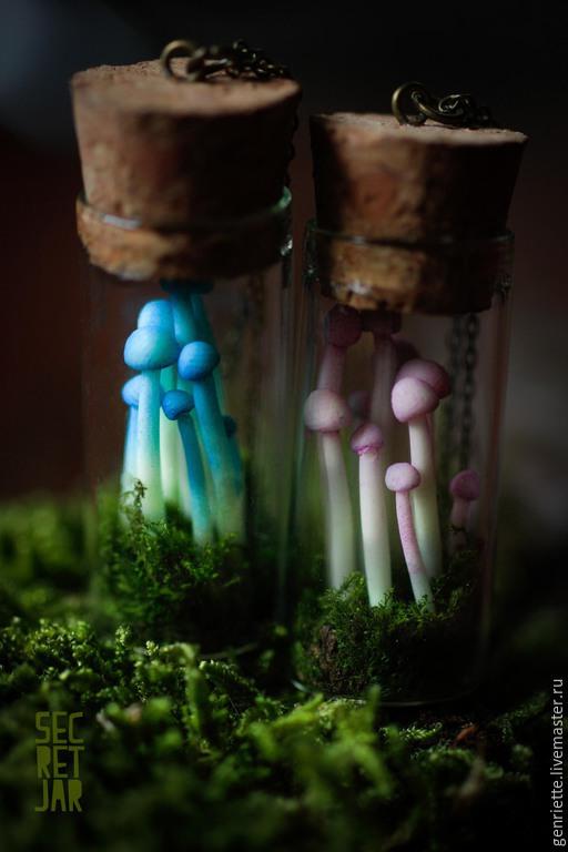 Кулоны, подвески ручной работы. Ярмарка Мастеров - ручная работа. Купить Баночка с грибочками. Handmade. Синий, магия
