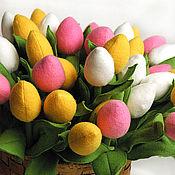 Цветы и флористика ручной работы. Ярмарка Мастеров - ручная работа Разноцветные тюльпаны из флиса. Handmade.