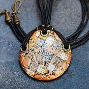 Украшения ручной работы. Ярмарка Мастеров - ручная работа кулон из полимерной глины мозаика с золотом. Handmade.