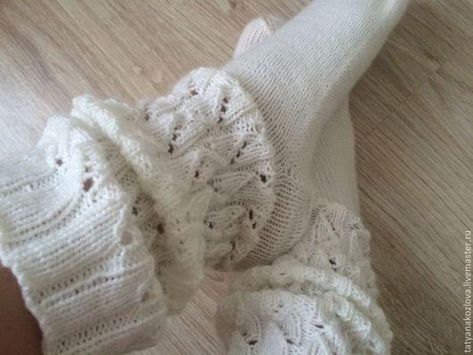 Носки, Чулки ручной работы. Ярмарка Мастеров - ручная работа. Купить Носки вязаные женские Ажурные сапожки. Handmade. Белый