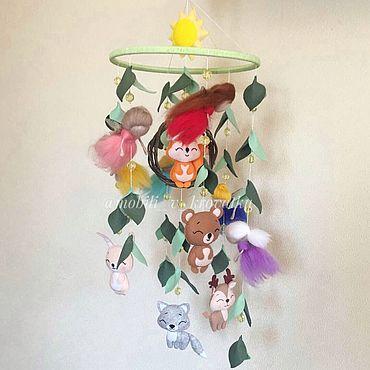 """Куклы и игрушки ручной работы. Ярмарка Мастеров - ручная работа Мобиль в кроватку из фетра """" Волшебный лес """". Handmade."""
