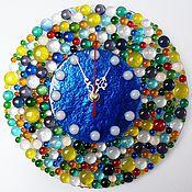 """Для дома и интерьера ручной работы. Ярмарка Мастеров - ручная работа Настенные часы """"Новогодние"""" стекло, фьюзинг. Handmade."""