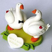 Свадебный салон ручной работы. Ярмарка Мастеров - ручная работа Свадебные фигурки на торт из полимерной глины (гуси. Handmade.