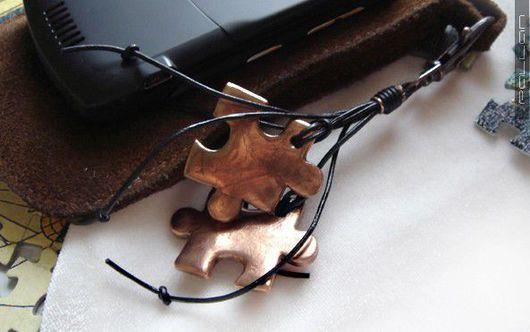 """""""Пазлы"""" (v.2) - брелок для ключей / подвеска с омедненными пазлами (гальванопластика (электроформинг)). Pallan Natal'ya."""
