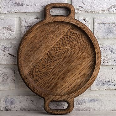 Для дома и интерьера ручной работы. Ярмарка Мастеров - ручная работа Тарелка из дуба с ручками, диаметр 24см. Handmade.