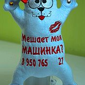 Мягкие игрушки ручной работы. Ярмарка Мастеров - ручная работа Кот Саймон в машину на присосках. Handmade.