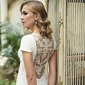 Свадебный салон ручной работы. Ярмарка Мастеров - ручная работа Свадебное платье со шлейфом, с открытой спиной, с вышивкой. Handmade.