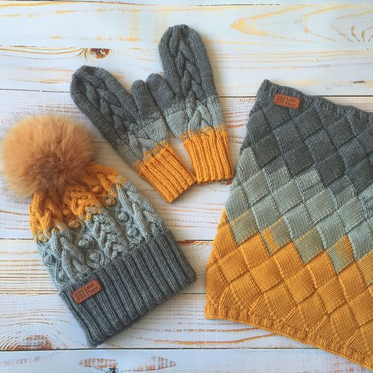 Комплекты аксессуаров ручной работы. Ярмарка Мастеров - ручная работа. Купить Вязаный сет : шапка, варежки, снуд апельсиново/серый. Handmade.