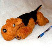 """Куклы и игрушки ручной работы. Ярмарка Мастеров - ручная работа Игрушка """"Лежащий эрдель"""". Handmade."""