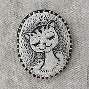 """Украшения ручной работы. Ярмарка Мастеров - ручная работа Брошь текстильная камея """" Кошка"""". Handmade."""