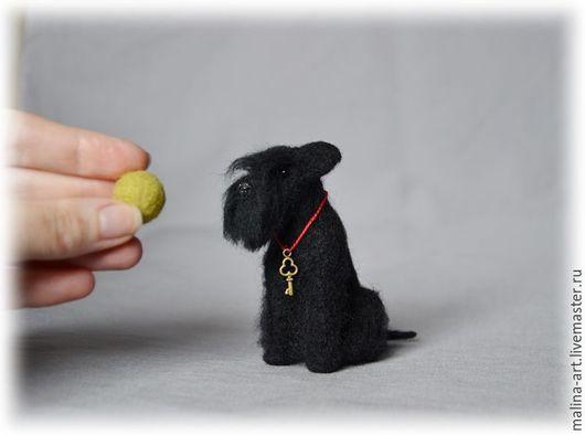 Игрушки животные, ручной работы. Ярмарка Мастеров - ручная работа. Купить Крошечный шнауцер (из войлока-сухое валяние). Handmade.