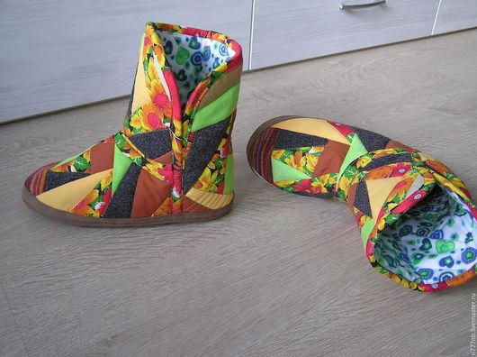 Обувь ручной работы. Ярмарка Мастеров - ручная работа. Купить Угги р.41-42 домашние лоскутные143. Handmade. Угги