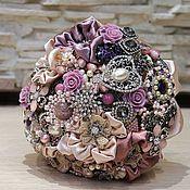 Свадебный салон ручной работы. Ярмарка Мастеров - ручная работа Свадебный букет невесты из бижутерии и ткани. Handmade.