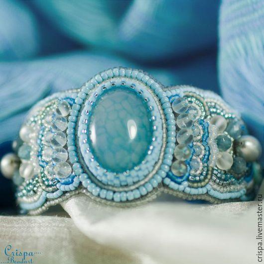 Женские браслеты из камней