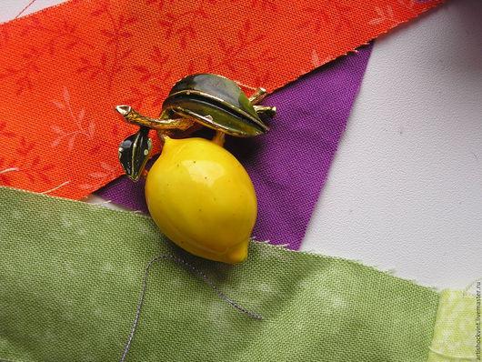 Винтажные украшения. Ярмарка Мастеров - ручная работа. Купить Разогретые солнцем плоды благовонные. Handmade. Желтый, винтажный стиль, брошка