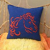 """Для дома и интерьера ручной работы. Ярмарка Мастеров - ручная работа Валяная синяя подушка  """"Лошадь"""". Handmade."""