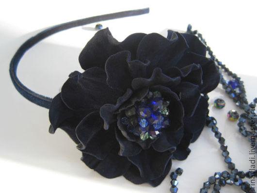 украшение из кожи, ободок для волос с цветком, обруч для волос с цветами, аксессуары для волос,брошь цветок из кожи, синий цветок брошка. синий цветок заколка,цветок из кожи брошь