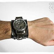 Украшения ручной работы. Ярмарка Мастеров - ручная работа Кожаный браслет с часами с стиле стимпанк. Handmade.
