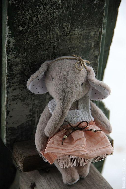 Мишки Тедди ручной работы. Ярмарка Мастеров - ручная работа. Купить Буся. Handmade. Бежевый, слоник тедди, опилки древесные