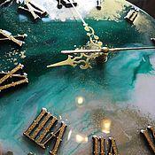 Часы классические ручной работы. Ярмарка Мастеров - ручная работа Часы и подставки под горячее из эпоксидной смолы. Handmade.
