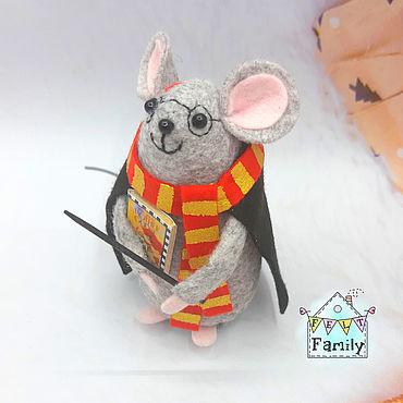 """Подарки к праздникам ручной работы. Ярмарка Мастеров - ручная работа Мышка """"Гарри Поттер"""" - символ 2020 года. Мышка из фетра. Handmade."""