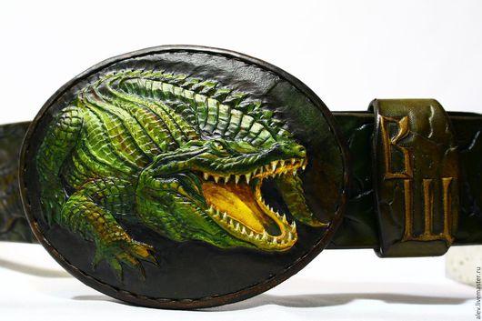 Пояса, ремни ручной работы. Ярмарка Мастеров - ручная работа. Купить Авторский ремень с тиснением Крокодил. Handmade. Крокодил