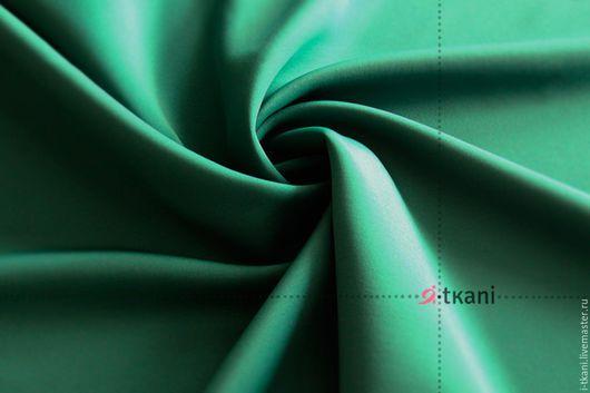 NE34-401 Неопрен. Цвет `зелёный`. 97%полиэстер, 3% спандекс. Китай. Плотность 300г/м2 (450г/мп). Ширина 140см. Толщина 2мм.