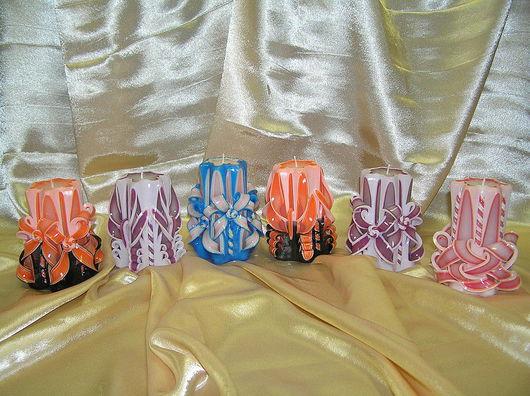 Свечи различной тематики: Свадебные, ко Дню Рождения и к Юбилею.  Свечи упакованы в подарочные тубусы. Время горения свечи h - 12 см = 30 часов