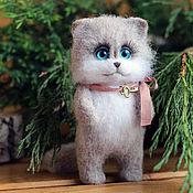 Куклы и игрушки handmade. Livemaster - original item Cat pocket toy made of wool. Handmade.