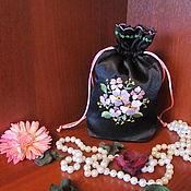 Сувениры и подарки ручной работы. Ярмарка Мастеров - ручная работа Подарочные мешочки с вышивкой. Handmade.
